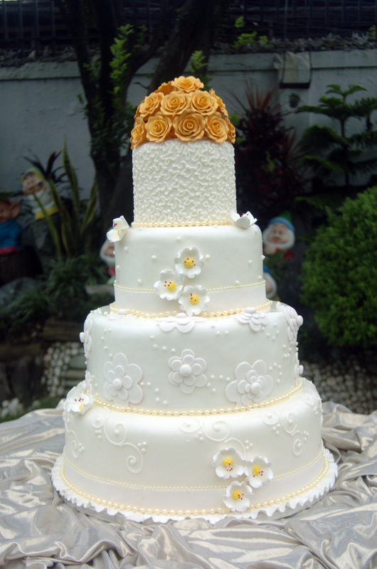 wedding cakes with prices and pictures angelyn cakes 8927